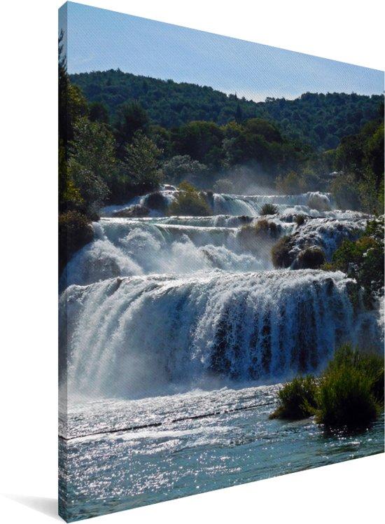 Gestapelde watervallen in de rivieren van het Nationaal park Krka in Kroatië Canvas 120x160 cm - Foto print op Canvas schilderij (Wanddecoratie woonkamer / slaapkamer) XXL / Groot formaat!
