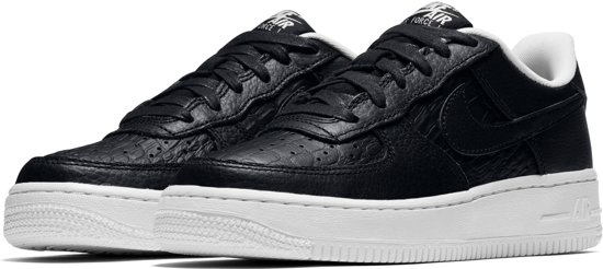 992b09576df bol.com | Nike Air Force 1 LV8 Sneakers - Maat 40 - Unisex - zwart/wit