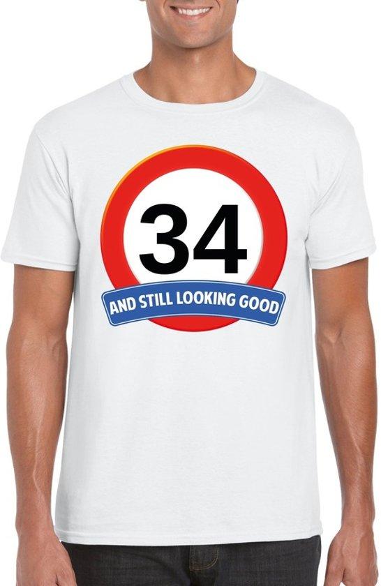 34 jaar and still looking good t-shirt wit - heren - verjaardag shirts XL
