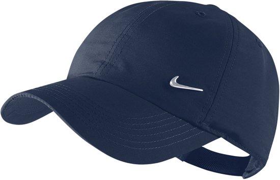 Nike Metal Swoosh Logo Cap Junior - Cap - Jongens Meisjes -  Obsidian Metallic de81d38227c