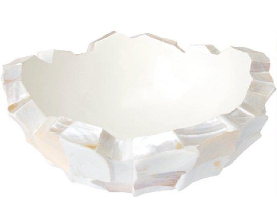 Schelpenvaas in pearl white