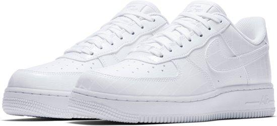 828660da2fe Vrouwen Force Maat Nike 1 Wit 39 '07 Essentialsneakers Air qgTzwR