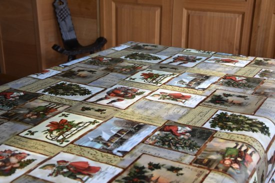 PVC Tafellaken - Tafelkleed - Tafelzeil - Kerstmis - Feestdagen - Opgerold op koker - Geen plooien - Duurzaam - 140 cm x 500 cm - Kerstboom