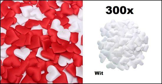 300x Stoffen hartjes wit 3x3cm.