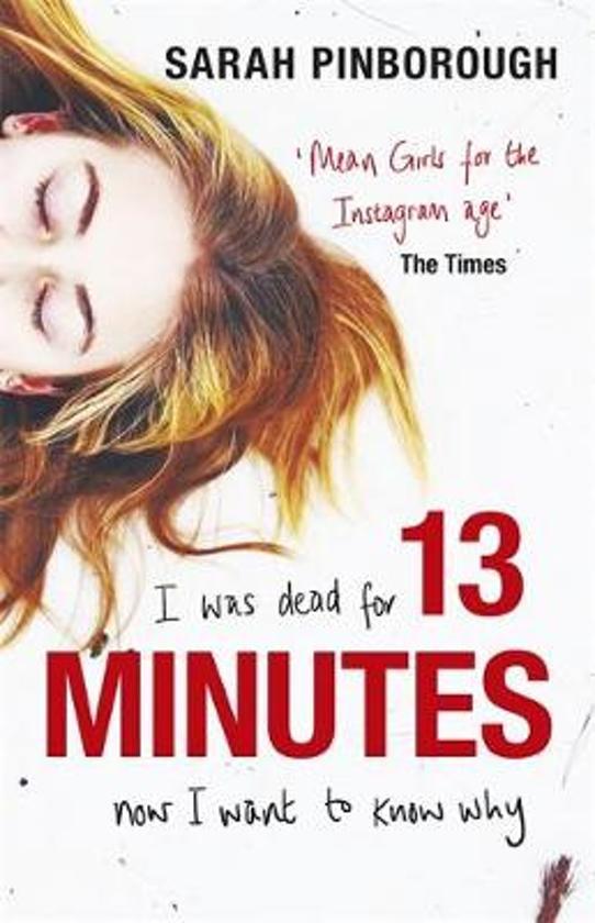Boek cover 13 Minutes van Sarah Pinborough (Paperback)