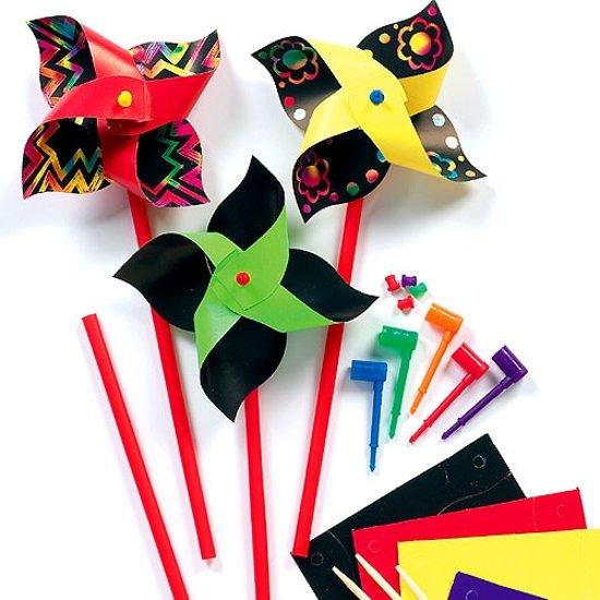 Sets met kraskunst-windmolentjes  (8 stuks per verpakking)