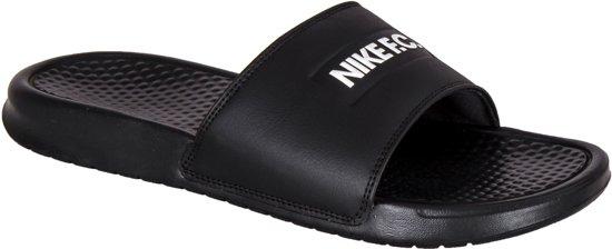 Nike 46 Maat Fc Jdislippers Benassi Unisex wit Zwart pxp4aqBwZC