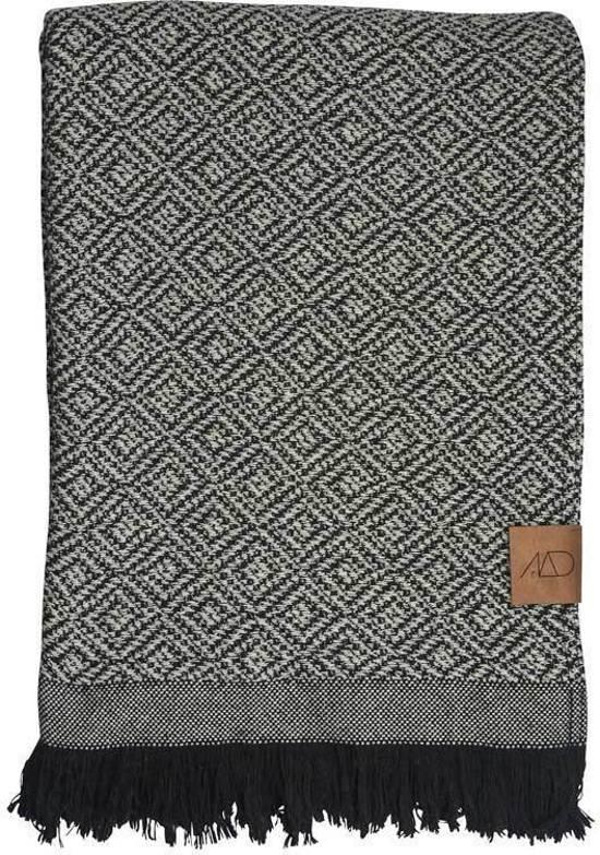 Zwart Wit Plaid.Mezzoforte Plaid Dekentje Zwart Wit 120 Cm X 175 Cm