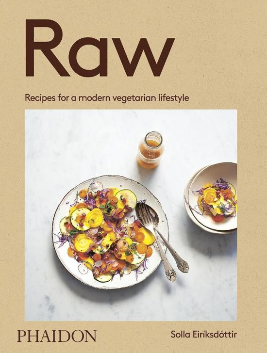 Boek cover Raw van Solla Eiriksdottir (Paperback)