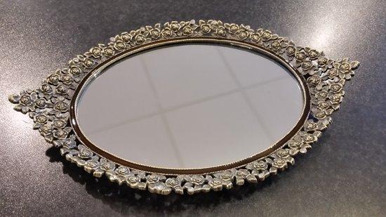 Dienblad - op voet - oud goud - ovaal - bezet met steentjes - Spiegel - 29x19x4cm