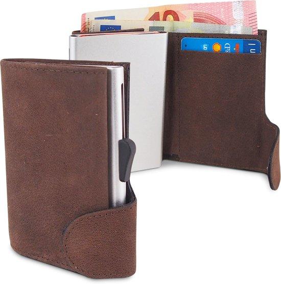 4da016c0566 Businessme Cardprotector Creditcardhouder Leer - Uitschuifbare Pasjeshouder  - 9 Pasjes - RFID - Donkerbruin