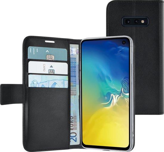 Azuri book case met magnetische sluiting en kaarthouder - Voor Samsung S10 E - Zwart