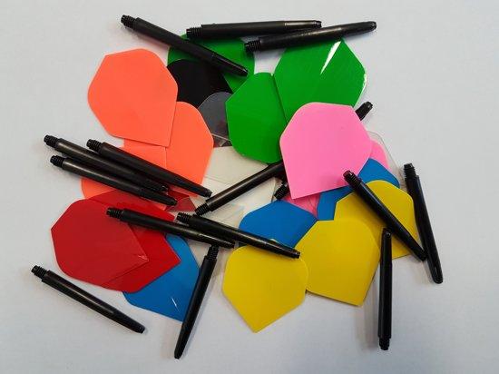 10 sets (30 stuks) Multicolor Poly flights plus 5 sets (15 stuks) shafts - dartflight - dartshaft