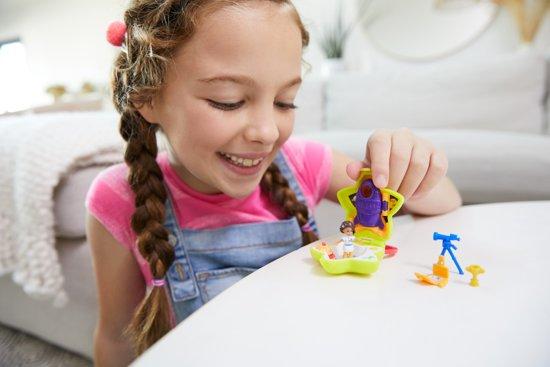 Polly Pocket Tiny Pocket Places Shani's Ruimtecetrum - Micro Speelfigurenset