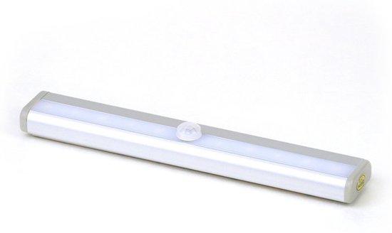 led kastverlichting 1w op batterijen met sensor onderbouw warm wit