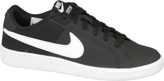 2219aa49aac Nike Court Royale Sneakers Dames Sportschoenen - Maat 37.5 - Vrouwen -  zwart/wit