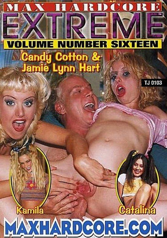 Ingratiatingly long dildo in her anal