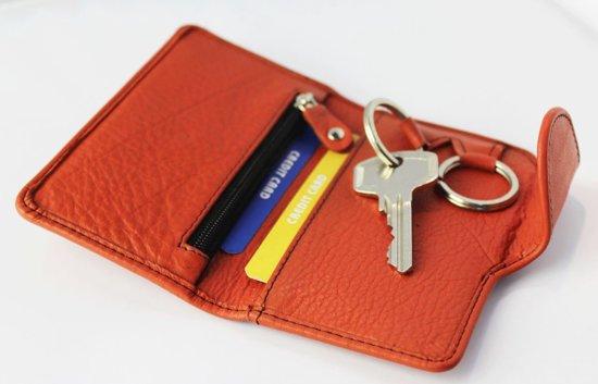 Leren sleutelmapje ruimte voor bankpasjes creditcards en muntgeld kleur rood art 2109 - Kleur rood ruimte ...