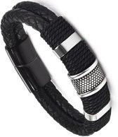 Victorious - Zwarte Gevlochten Leren Armband - Zwartkleurige Magnetische RVS Sluiting en Zwartkleurige Decoratie - Voor Pols van: 18/19cm