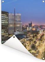 Kleurrijke lucht boven het centrum van Nairobi in Oost-Afrika Tuinposter 60x80 cm - Tuindoek / Buitencanvas / Schilderijen voor buiten (tuin decoratie)