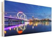 Weerspiegeling van Shenyang en de brug in het water Vurenhout met planken 80x40 cm - Foto print op Hout (Wanddecoratie)