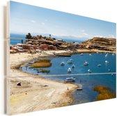 Haven met boten op Titicacameer op Isla del Sol Bolivia Vurenhout met planken 90x60 cm - Foto print op Hout (Wanddecoratie)