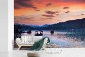 Fotobehang vinyl - Het meer van Hangzhou breedte 330 cm x hoogte 220 cm - Foto print op behang (in 7 formaten beschikbaar)