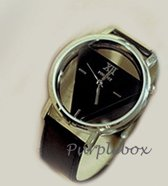 Driehoek Horloge Zwart |  Triangle Watch