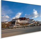 Blauwe lucht boven het Potalapaleis in China Plexiglas 180x120 cm - Foto print op Glas (Plexiglas wanddecoratie) XXL / Groot formaat!