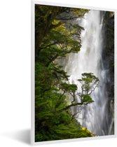 Foto in lijst - Waterval in het Nationaal park Arthur's Pass op South-Island fotolijst wit 40x60 cm - Poster in lijst (Wanddecoratie woonkamer / slaapkamer)