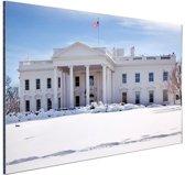 FotoCadeau.nl - Witte Huis bij sneeuwval Aluminium 120x80 cm - Foto print op Aluminium (metaal wanddecoratie)