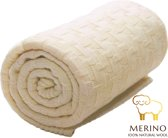 Wallaboo Babydeken Eden - Wiegdeken - Gemaakt van dik en zacht 100% Merino wol - Ideaal in kou en in warmte - Ruime afmeting: 70 x 90 cm - Fraai gebreid patroon - Kleur: Natural