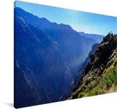 Mist die uit de diepte van de Colca Canyon komt in Peru Canvas 90x60 cm - Foto print op Canvas schilderij (Wanddecoratie woonkamer / slaapkamer)