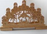 Kerstvoorstelling houten boog met verlichting