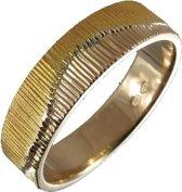 Noorderlicht. 6mm Gouden ring. 22mm