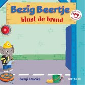 Boek cover Bezig Beertje - Bezig beertje blust de brand van Benji Davies