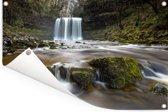 Waterval bij het Nationaal park Brecon Beacons in Wales Tuinposter 90x60 cm - Tuindoek / Buitencanvas / Schilderijen voor buiten (tuin decoratie)