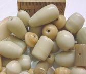 Glaskralen / kralen Beige mix ca. 1000 gram