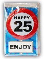 Happy Birthday kaart met button 25 jaar
