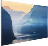 Fjorden in Noorwegen zonsopkomst Aluminium 90x60 cm - Foto print op Aluminium (metaal wanddecoratie)