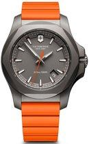 Victorinox I.N.O.X. Titanium Grade horloge 241758