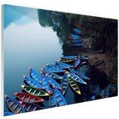 Boten in het Pokhara-meer Glas 90x60 cm - Foto print op Glas (Plexiglas wanddecoratie)