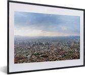 Foto in lijst - Een luchtfoto van Mexico-stad in de zomer fotolijst zwart met witte passe-partout klein 40x30 cm - Poster in lijst (Wanddecoratie woonkamer / slaapkamer)