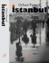 Istanbul / herinneringen en de stad