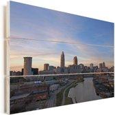 Cleveland in de Verenigde Staten bij zonsopkomst Vurenhout met planken 90x60 cm - Foto print op Hout (Wanddecoratie)