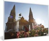 Foto in lijst - Het kathedraal van Guadalajara in Mexico fotolijst wit 60x40 cm - Poster in lijst (Wanddecoratie woonkamer / slaapkamer)