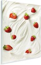 Yoghurt met lekkere aardbeien Plexiglas 20x30 cm - klein - Foto print op Glas (Plexiglas wanddecoratie)