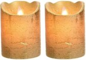 2x LED kaarsen/stompkaarsen goud 10 cm flakkerend