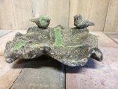 Vogelbad aardewerk groen mos.