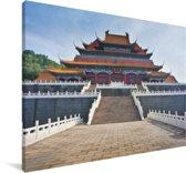 Tempel midden in Beijing Canvas 120x80 cm - Foto print op Canvas schilderij (Wanddecoratie woonkamer / slaapkamer)